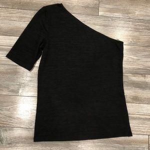 Wilfred One-Shoulder Black Knit Top